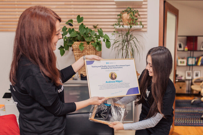 Andreea-Majeri-Human-Direct-IT-Recruitment-Cluj_2d57f7de275c7f3e77f75f27e58b51eb