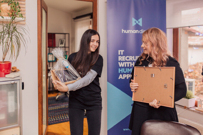 Human-Direct-celebrating-employees-2018_2d57f7de275c7f3e77f75f27e58b51eb